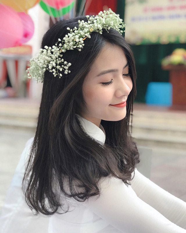 thien-than-ao-dai-dep-tuyet-trong-le-be-giang-cuoi-cung-thoi-hoc-sinh-05